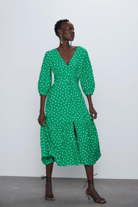 Zara A 21 Robes Pour Moins De 30 Euros Dans Les Ventes De Sa Section Prix Speciaux Polyvore Source 1 Tendances Mode Beaute Luxe Lifestyle