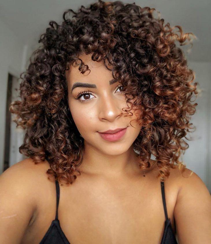 Cheveux châtain doré: une nuance lumineuse qui vous séduira    Cheveux bruns, Cheveux, Cheveux