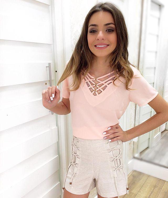 Voir cet article sur Instagram Un article partagé par Camilla Abadia Boutique ✨ 👑 ✨ (@camillaabadia)