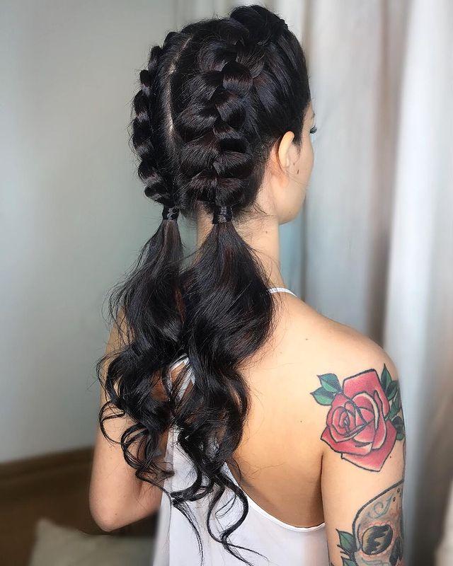 Voir ce post sur Instagram Un post partagé par THAÍS GOULART |  Coiffures (@hairstyles)
