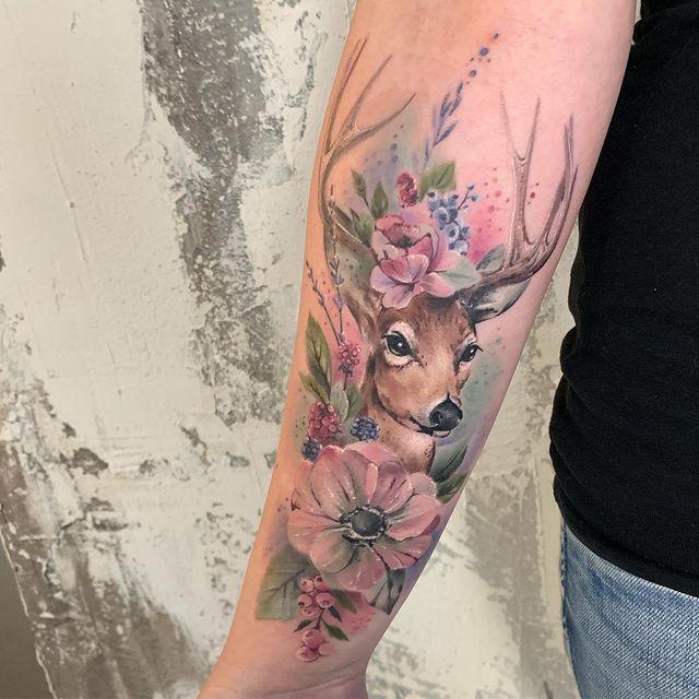 Voir ce post sur Instagram Un post partagé par Maggie Paletta (@ maggiepaletta.tattoo)